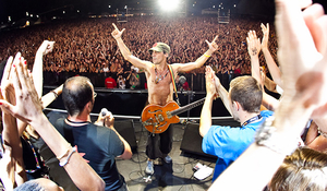 Photos-site-back-in-time-Manu-Chao